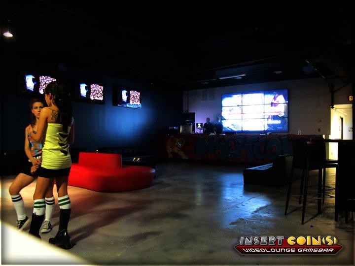 Insert Coin(s) Videolounge Gamebar (Las Vegas) Iclv07